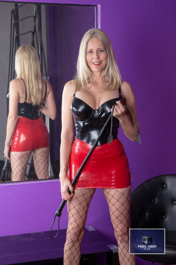 bizarrlady-denise-hamburg-dominastudio-26