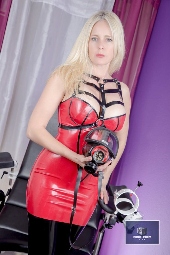 bizarrlady-denise-hamburg-dominastudio-7