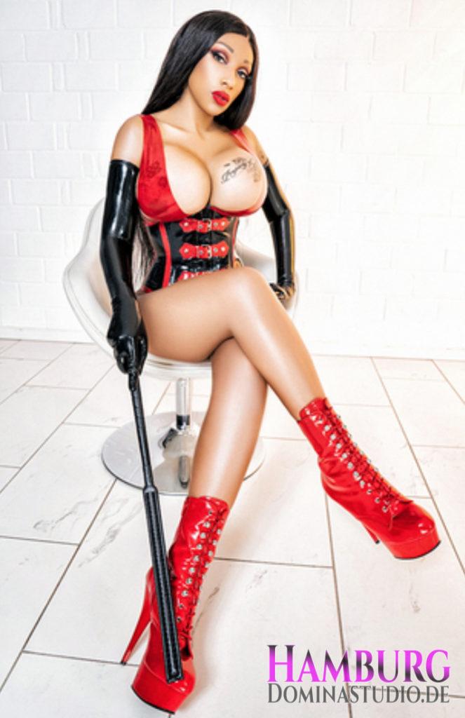 Lady Riana